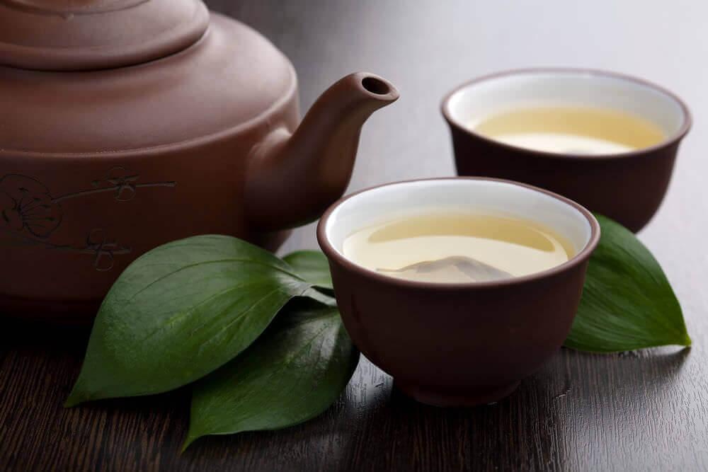 Как заваривать зелёный чай молоком