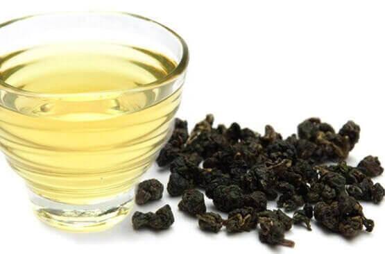 Бирюзовый чай со вкусом карамели —молочный улун