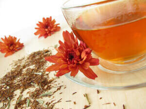 Заваренный чай ройбуш