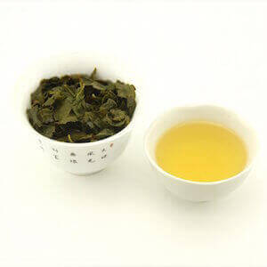 Завареный чай Тегуаньинь