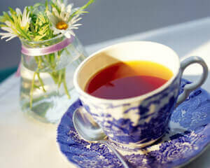 Чашка чая с цветами