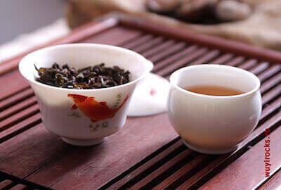 Гайвань с чаем