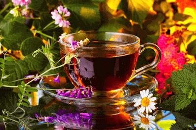 Монастырский чай в кружке