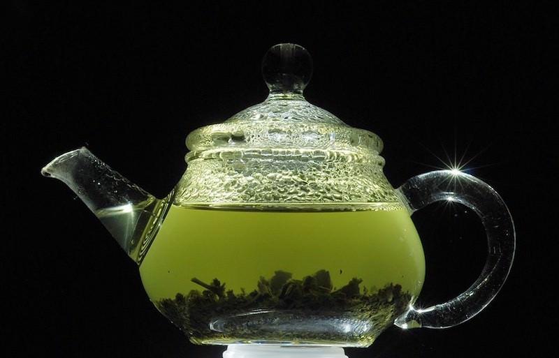 Зеленый чай и давление: польза и предосторожность