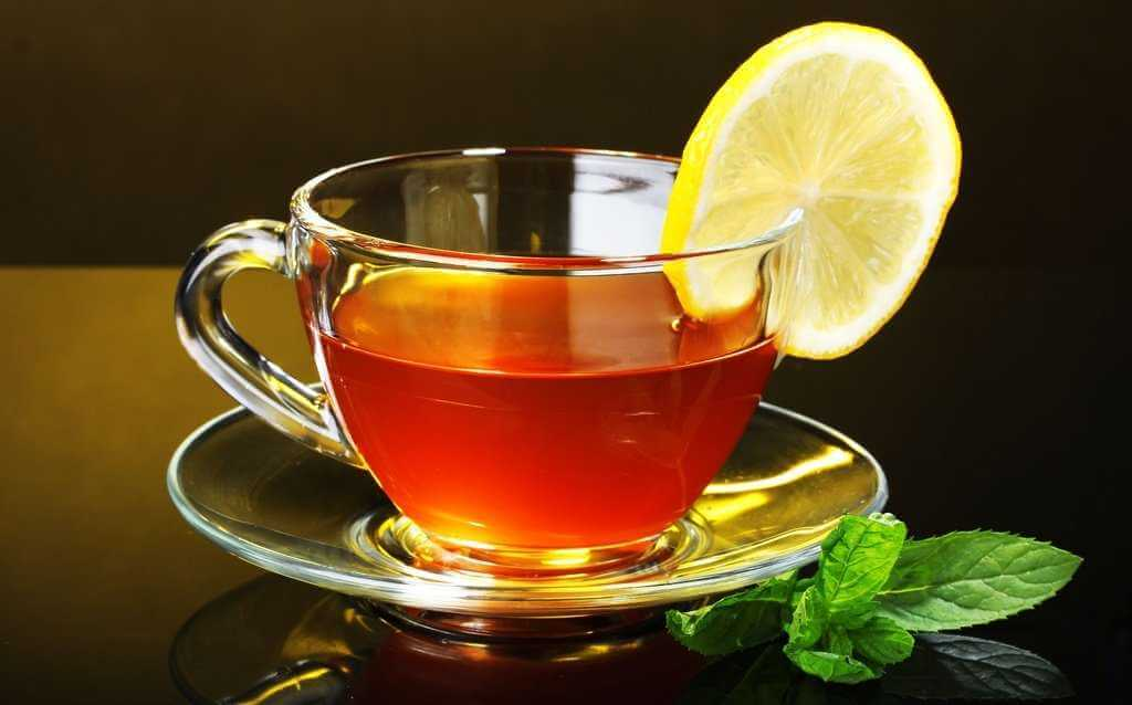Чай черный и зеленый где больше кофеина