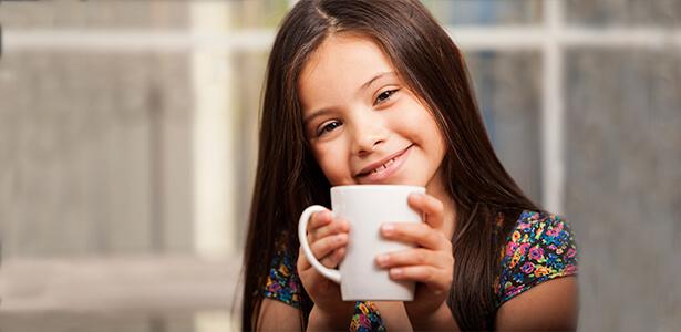 С какого возраста детям дают пить чай?